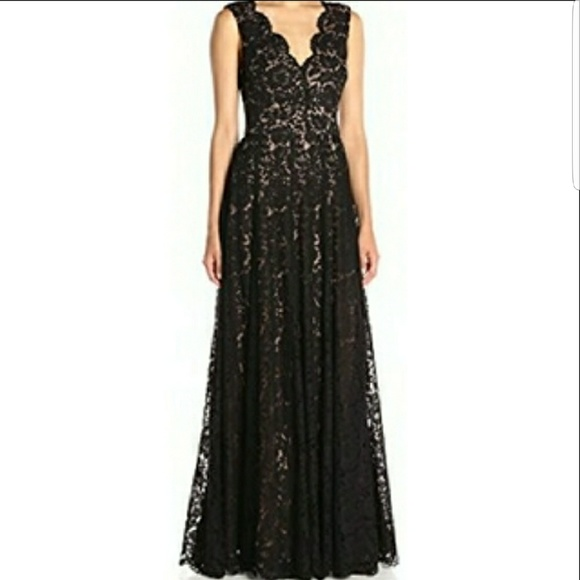 Vera Wang Dresses & Skirts - Gorgeous black lace fit and flare evening gown